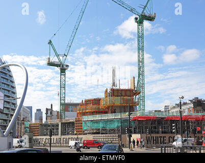 Construction of the White Collar Factory new office development on London's Old Street roundabout - known as Silcon - Stock Photo