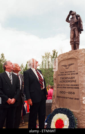 Thornaby Aerodrome Memorial, Unveiling and service of dedication, Thornaby, 8th May 1997. Pictured, the statue is - Stock Photo