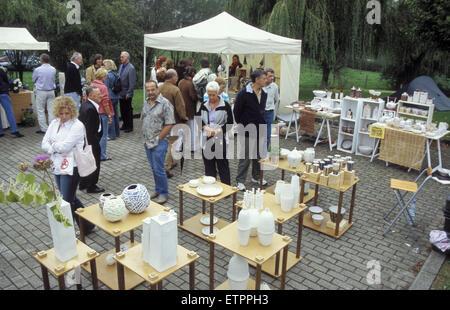 BEL, Belgium, Eastbelgium, Raeren, pottery market at castle Raeren.  BEL, Belgien, Ostbelgien, Raeren, Toepfermarkt - Stock Photo