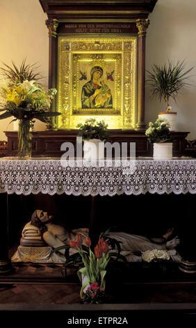 BEL, Belgium, Eastbelgium, Eupen, altar in the church St. Nikolaus.  BEL, Belgien, Ostbelgien, Eupen, Altar in der - Stock Photo