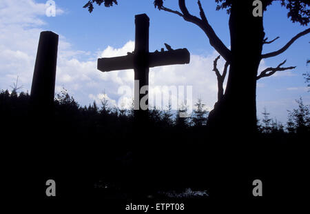 BEL, Belgium, Eastbelgium, Hautes Fagnes, Hohes Venn, Croix des Fiances, the cross of the fiances <this cross reminds - Stock Photo