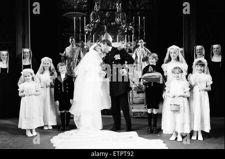 Petula Clark stars in the West End production of 'The Sound of Music'. The cast are pictured during the wedding - Stock Photo