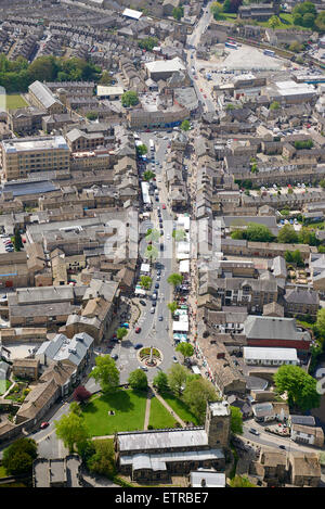 Skipton High Street, with a Saturday market, North Yorkshire, Northern England, UK - Stock Photo