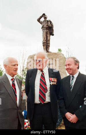 Thornaby Aerodrome Memorial, Unveiling and service of dedication, Thornaby, 8th May 1997. Pictured in front of the - Stock Photo
