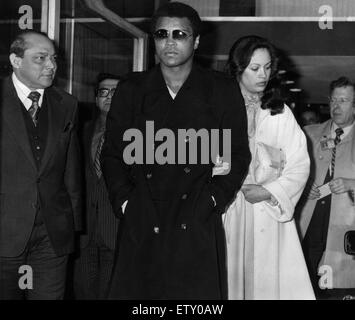 biography of muhammad ali cassius marcellus clay Professional boxer muhammad ali – one of the world's greatest sporting figures – has died at the age of 74muhammad ali biography professional boxer muhammad ali – one of the world's greatest sporting figures – has died at the age of 74.
