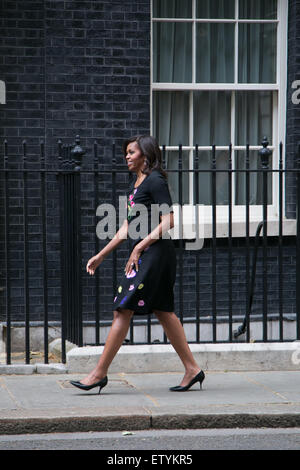 London, UK. 16th June, 2015. Following visits to Cambodia and Japan First lady Michelle Obama arrives in the UK - Stock Photo