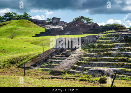 Templo III in foreground, El Palacio at Acropolis in distance, Maya ruins at Comalcalco archaeological site, Tabasco, - Stock Photo