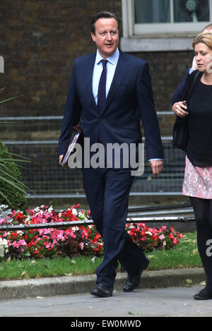 London, UK. 16th June, 2015. British Prime Minister David Cameron arrives at No.10 Downing Street for a meeting - Stock Photo