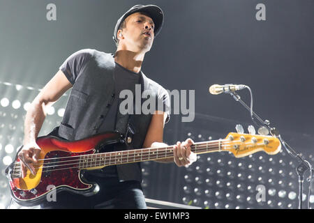 Rosemont, Illinois, USA. 15th June, 2015. Bassist JOSHUA WINSTEAD of Metric performs live on stage at the Allstate - Stock Photo