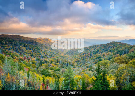 Smoky Mountains National Park, Tennessee, USA autumn landscape. - Stock Photo