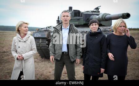 Sagan, Poland. 18th June, 2015. German Defence Minister Ursula von der Leyen (L-R), NATO Secretary General Jens - Stock Photo