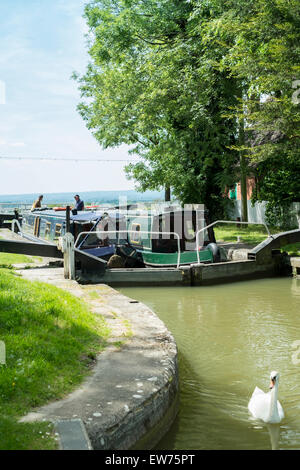 Kennet and Avon Canal at Caen Hill Locks in Devizes Wiltshire  UK - Stock Photo