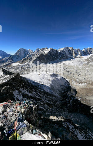 The Changri Nup Glacier, Everest base camp trek, UNESCO World Heritage Site, Sagarmatha National Park, Solu-Khumbu - Stock Photo
