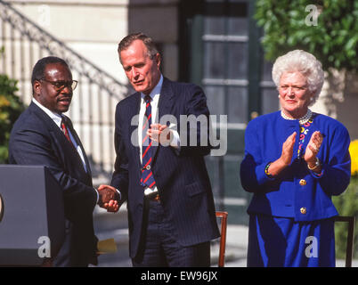 WASHINGTON, DC, USA - Clarence Thomas, U. S. Supreme Court nominee, swearing in ceremony at White House, with President - Stock Photo