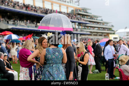London, UK. 20th June, 2015. Race-goers are seen on the fifth day of Royal Ascot at Ascot Racecourse in Ascot, Britain - Stock Photo