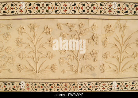 Detail of marble wall with flowers, Taj Mahal, Agra, India Stock ...
