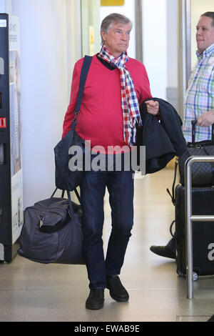 Jochen Busse flying into Berlin Tegel airport  Featuring: Jochen Busse Where: Berlin, Germany When: 20 Apr 2015 - Stock Photo