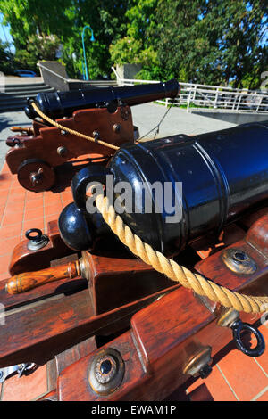 Two 6lb cannons in Pioneer Plaza next to the historic Bastion, Nanaimo, Vancouver Island, British Columbia - Stock Photo