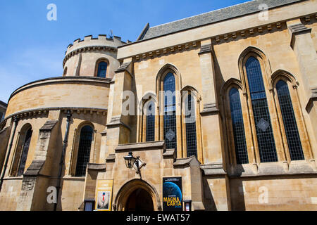 The impressive Temple Church in the City of London. - Stock Photo
