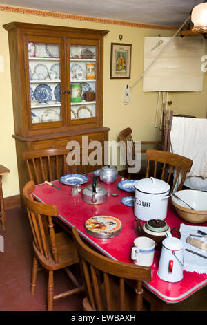 Ireland, Co Wexford, Johnstown Castle, Irish Agricultural Museum, farmhouse kitchen - Stock Photo