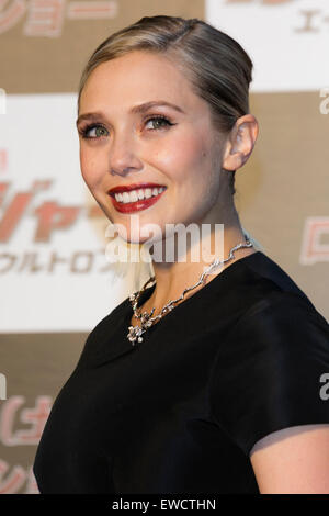 Tokyo, Japan. 23rd June, 2015. American actress Elizabeth Olsen poses for the cameras during the Japanese premiere - Stock Photo