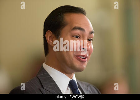 US Secretary of Housing and Urban Development Julián Castro during a Texas Tribune event in Austin, Texas - Stock Photo