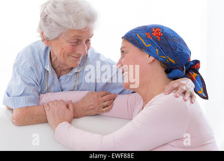 CANCER, WOMAN - Stock Photo