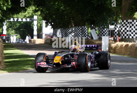 Goodwood, West Sussex, UK. 26th June, 2015. Red Bull Formula 1 car leaves the start line at Goodwood Festival of Speed, 26th June 2015, Goodwood, UK