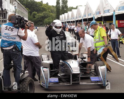 Battersea Park, London, UK. 26th June, 2015. Mayor Boris Johnson tries out a Formula E race car prior to the last - Stock Photo