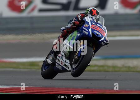 Assen, Netherlands. 27th June, 2015. MotoGP. Motul TT Assen. Jorge Lorenzo (Movistar Yamaha) on his way to 3rd place - Stock Photo