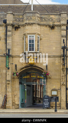 The Angel & Royal Hotel, High Street, Grantham, Lincolnshire - One of the oldest hotels in the country - Stock Photo