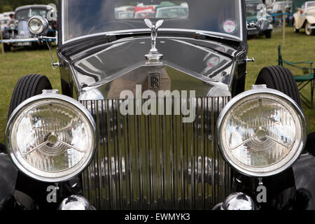 UK, England, Cheshire, Chelford, Astle Park Traction Engine Rally, vintage Rolls Royce radiator grille and mascot - Stock Photo