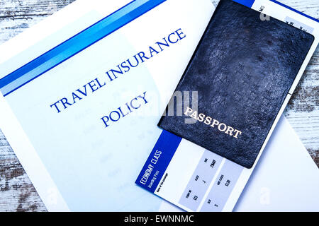 how to avoid problems with travel insurance