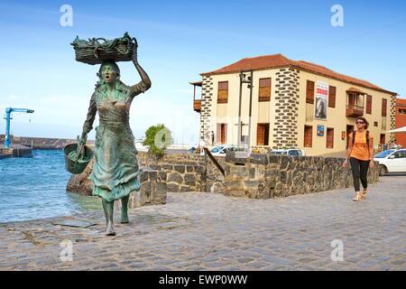 Fisher woman statue, Puerto de la Cruz, Tenerife, Canary Islands, Spain - Stock Photo