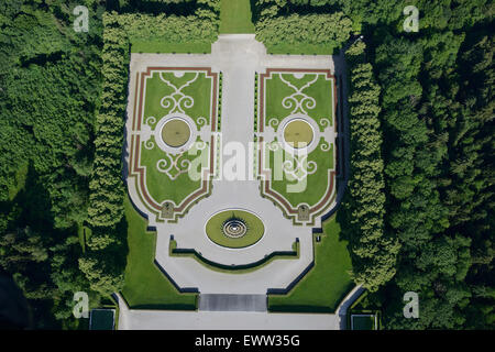 HAPPY FACE (aerial view). Garden at the Herrenchiemsee Palace, Herreninsel island, Chiemsee Lake, Bavaria, Germany. - Stock Photo