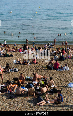 Brighton beach, Brighton, East Sussex, England, UK. 1st July 2015. At approximately 6pm on the hottest July day - Stock Photo