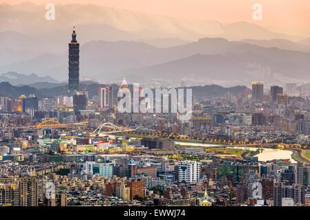 Taipei, Taiwan city skyline. - Stock Photo