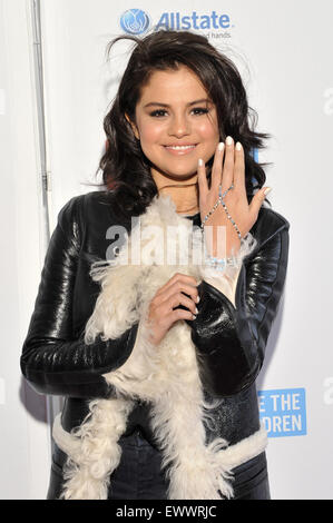 2015 We Day held at the Allstate Arena in Rosemont - Arrivals  Featuring: Selena Gomez Where: Chicago, Illinois, - Stock Photo