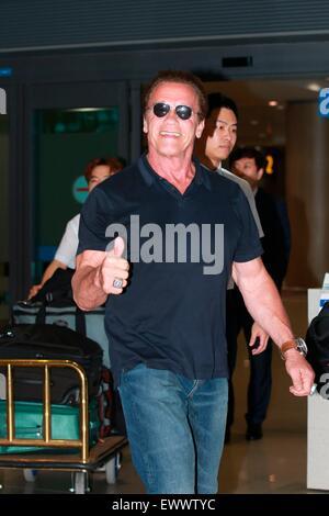 Seoul, South Korea. 1st July, 2015. Emilia Clarke and Arnold Schwarzenegger arrive Korea for their new movie Terminator - Stock Photo