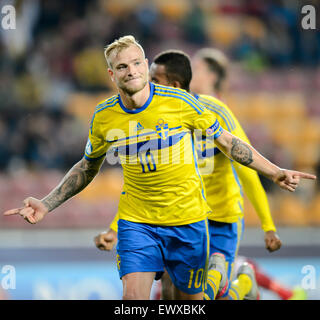Prague, Czech Republic. 27th June, 2015. John Guidetti of Sweden celebrates during the UEFA Under-21 European Championships - Stock Photo