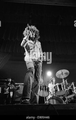 British rock group The Who performing on stage during a concert at the University of Reading.  Singer Roger Daltrey - Stock Photo