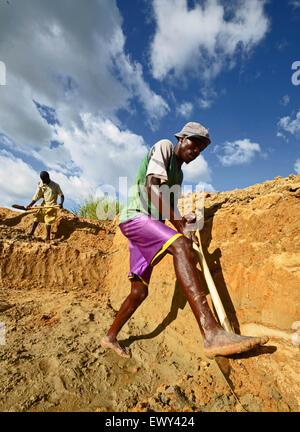 diamond mining in Kono, Sierra Leone. - Stock Photo