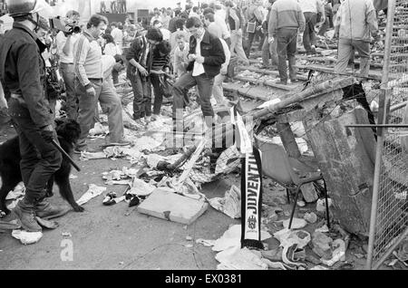 WARNING : GRAPHIC CONTENT Juventus v Liverpool, 1985 European Cup Final, Heysel Stadium, Brussels, Wednesday 29th - Stock Photo