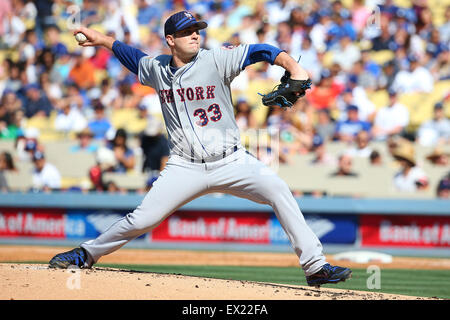 Los Angeles, CA, USA. 4th July, 2015. New York Mets starting pitcher Matt Harvey #33 pitches for the Mets in the - Stock Photo