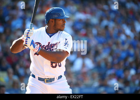 Los Angeles, CA, USA. 4th July, 2015. Los Angeles Dodgers right fielder Yasiel Puig #66 bats for the Dodgers in - Stock Photo