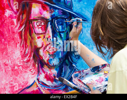 Las Palmas, Gran Canaria, Canary Islands, Spain. 4th July, 2015. Finishing touches to Johnny Depp  portrait as 180 - Stock Photo