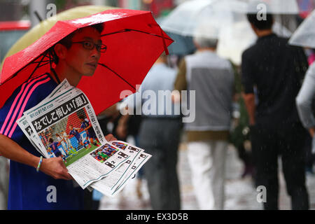 Shibuya, Tokyo, Japan. 6th July, 2015. General View Football/Soccer : Japanese fans watch the FIFA Women's World - Stock Photo