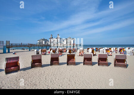 Beach chairs on the sandy beach at the pier, Sellin, Rügen, Mecklenburg-Western Pomerania, Germany - Stock Photo