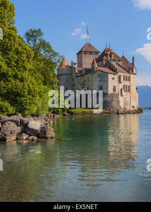 Veytaux, Vaud Canton, Switzerland.  Chateau de Chillon on shore of Lake Geneva (Lac Leman). - Stock Photo