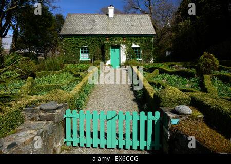 gardeners cottage glenveagh castle Walled Potager potagers garden ...
